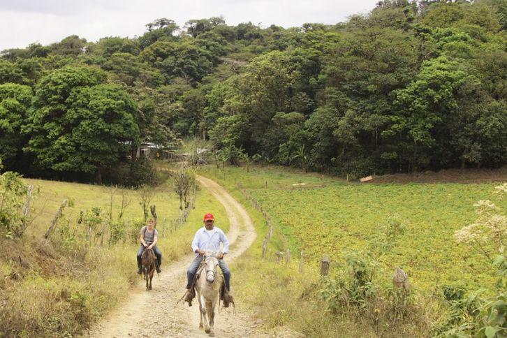 horseback riding Miraflor, Nicaragua