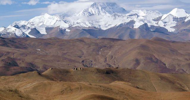 tibet plateau landscape